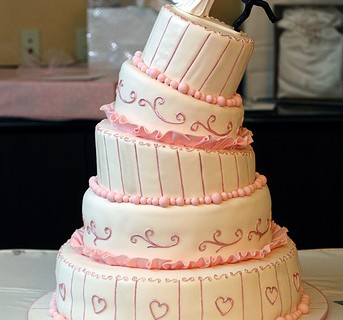 Wedding Cake by Shelley Panzarella (Flickr)
